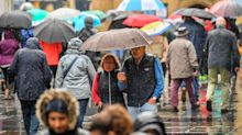 Thunderstorms and flooding forecast as heavy downpours drench the UK with wet weather