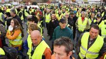 """In Francia protesta dei """"Gilet gialli"""", morta una manifestante"""