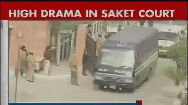 High drama unfolds in Saket court, judge orders in-camera trial for the Delhi gangrape accused