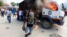 Las protestas disminuyen en Haití y algunas escuelas vuelven a abrir, pero la crisis esta lejos de terminar