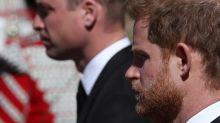 Harry tem conversa de 2h com o pai, Charles, e irmão, William em Londres