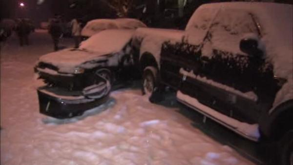 8 cars in 3 separate accidents in Roxborough