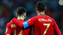 Fernandes out to help Ronaldo re-write record books as Man Utd star of the present aids one from the past