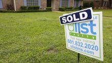 US average mortgage rates at 7-year highs; 30-year 4.61 pct.