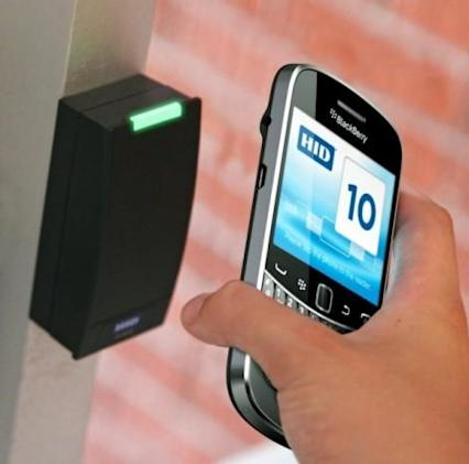 RIM, Telefonica announce NFC trial, aim to launch mobile wallet next year