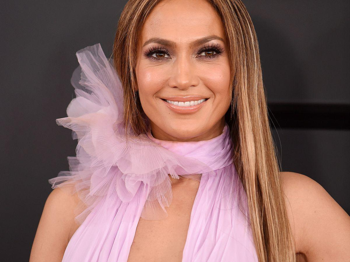 This Was Jennifer Lopez\'s Favorite Co-Star To Smooch