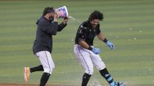 Alfaro helps Marlins rally in 9th, 10th to beat Giants 7-6