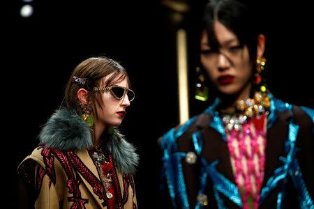 c6b23c73f9c9 Luxury meets grunge at Versace Milan Fashion Week show