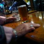 English pub payment plan draws scorn from landlords