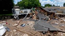 Florida sinkhole stops growing after destroying 2 homes, boat