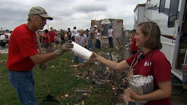 Disaster-struck areas reach out to Moore, Okla. residents