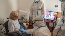 ¿Escoger entre intentar salvar al paciente de coronavirus que ha cumplido las normas de seguridad, y el que se las ha saltado?