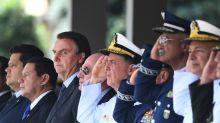 Militares publicam 13 manifestos a favor de Bolsonaro nas últimas duas semanas