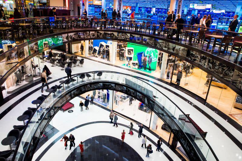 German consumer morale darkens as coronavirus cases soar