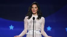 Olivia Munn slayed in her role as Critics' Choice host — in 4 different looks