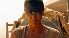 A Charlize Theron le duele que otra actriz más joven interprete a Furiosa en la precuela de 'Mad Max'