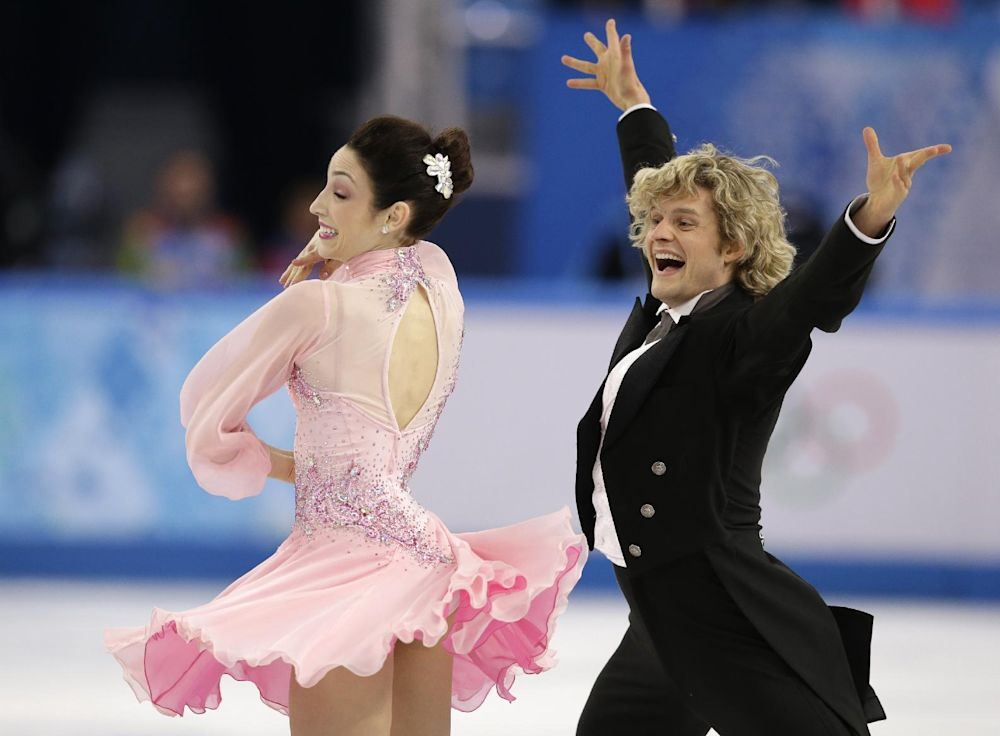 Davis and White of US lead Olympic ice dancing