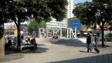 Sicherheit: Berlin-Schriftzug am Breitscheidplatz: Die Skepsis bleibt
