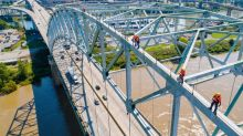 Crack could keep Memphis bridge shuttered for 'several months easily,' officials say
