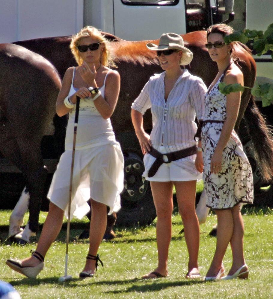Dressed in casual summer whites, Kate attended the Rundle Cup Day with Chelsy Davy (Prince Harry's former girlfriend) and William's cousin Zara Phillips.
