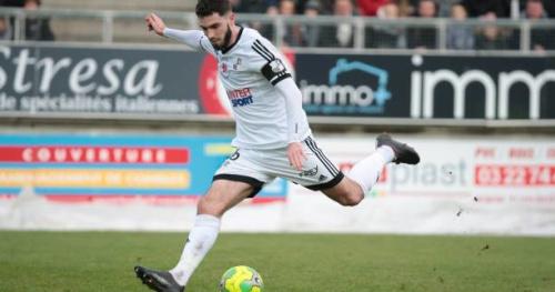 Foot - L2 - Amiens renverse Brest et revient à un point du podium de la L2