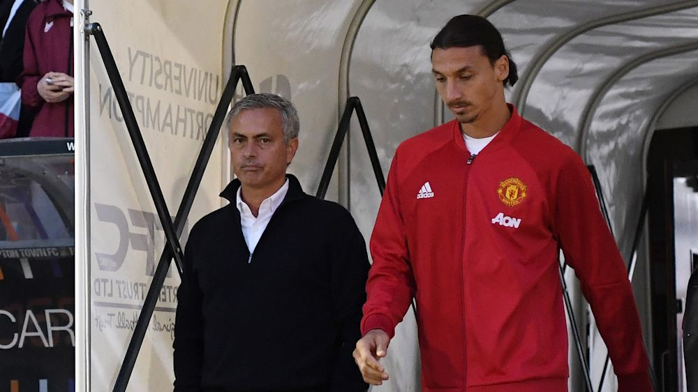 Mourinho deutet Ibrahimovic-Verbleib an