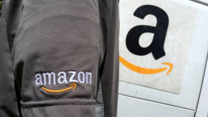 Amazon to deliver packages to members' cars