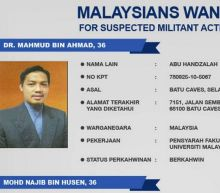 Philippines hunts Malaysian professor set to be regional Isil leader after commanders killed in Marawi
