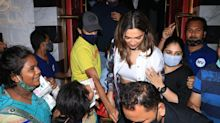 Watch: Deepika Struggles to Secure Purse as Woman Pulls It