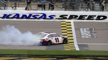 Denny Hamlin wins at Kansas as Chase Elliott advances, Brad Keselowski doesn't