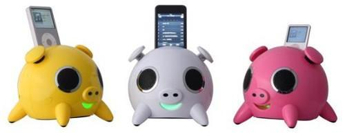 Speakal's iPig speaker system rolls in the mud with your iPod
