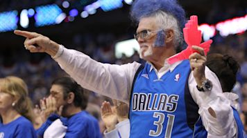Report: Mavs ban fan who cussed at player