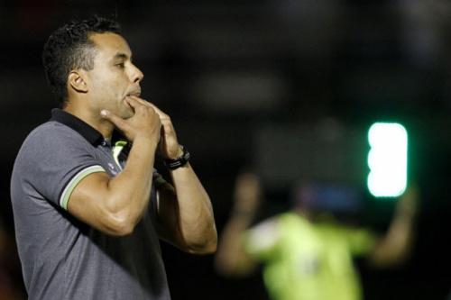 Árbitro de Botafogo x Flu relata ofensas e Jair pode ser suspenso