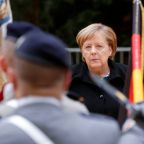Brussels 'delighted' at Merkel's support for EU army
