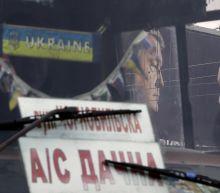 Ukraine's presidential candidate pledges NATO referendum