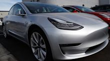 Tesla Delays Worry Buyers Wanting Tax Credit