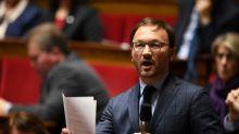 """""""Cela va de soi"""" que Bayrou reste en poste, dit le président des députés MoDem"""