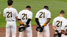 McCann homers twice, White Sox top Pirates on Clemente Day