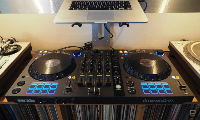 Pioneer's new dual-software controller.