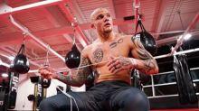 Anthony Smith e Aleksandar Rakic protagonizam duelo de nocauteadores no UFC deste sábado