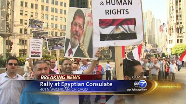 Protest held at Chicago's Egyptian consulate