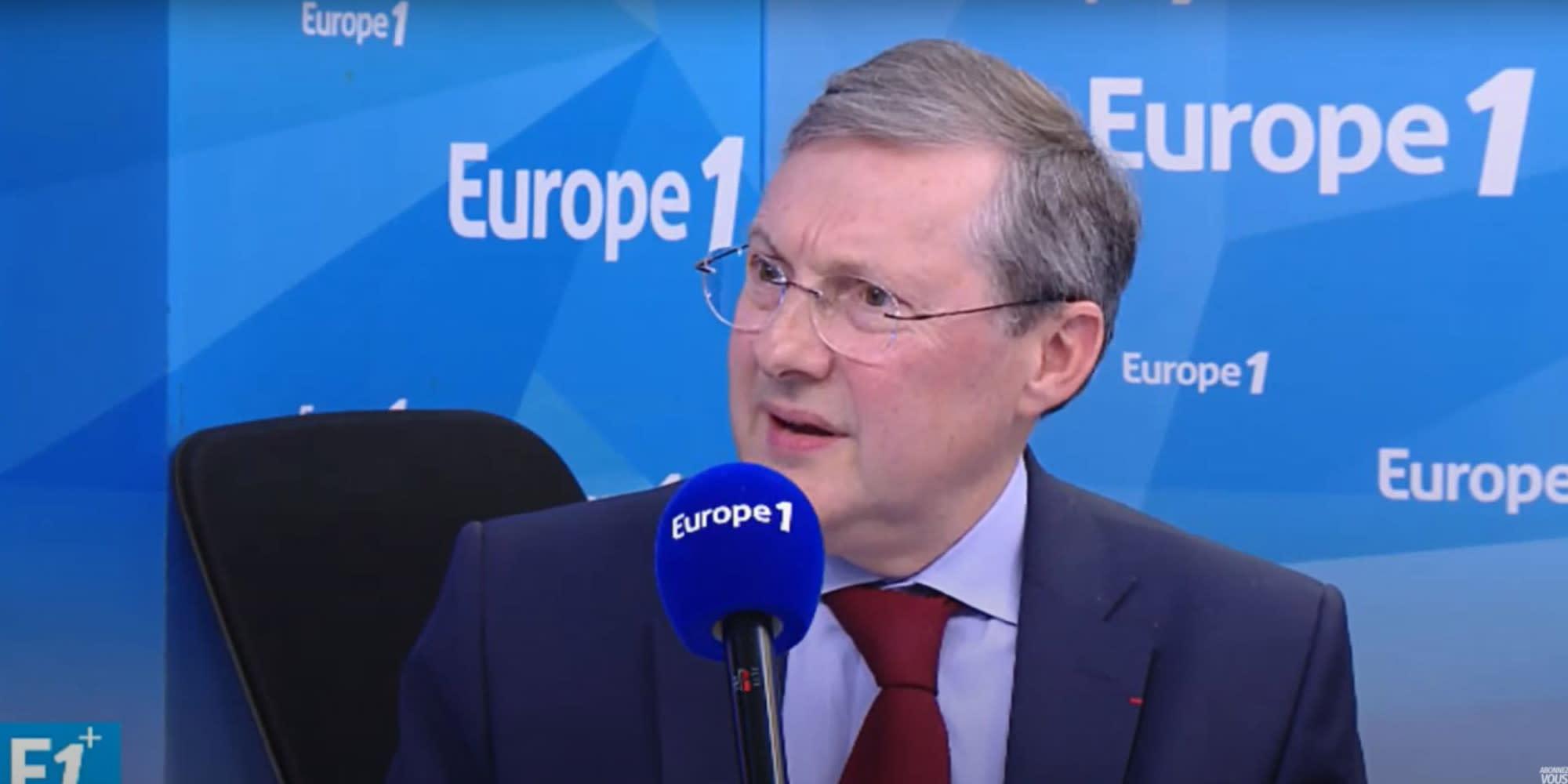 """Manifestations anti-pass sanitaire : pour Philippe Bas, """"il faut rétablir le lien de confiance"""""""