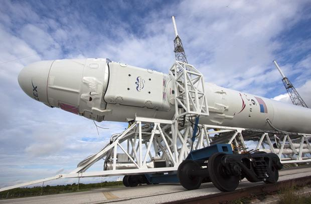 NASA awards Boeing, SpaceX and Sierra Nevada $30 million in contracts