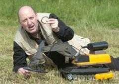 UK inventor crafts remote controlled treasure hunting robot
