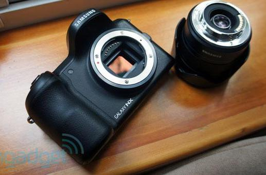 Samsung Galaxy NX mirrorless camera: hands-on with an Android ILC (video)