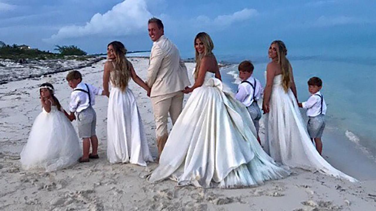 kim zolciak renews her vows to husband kroy biermann