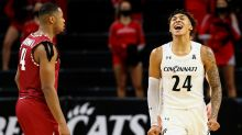Jeremiah Davenport sinks layup as Cincinnati Bearcats escape Tulsa with a 70-69 win