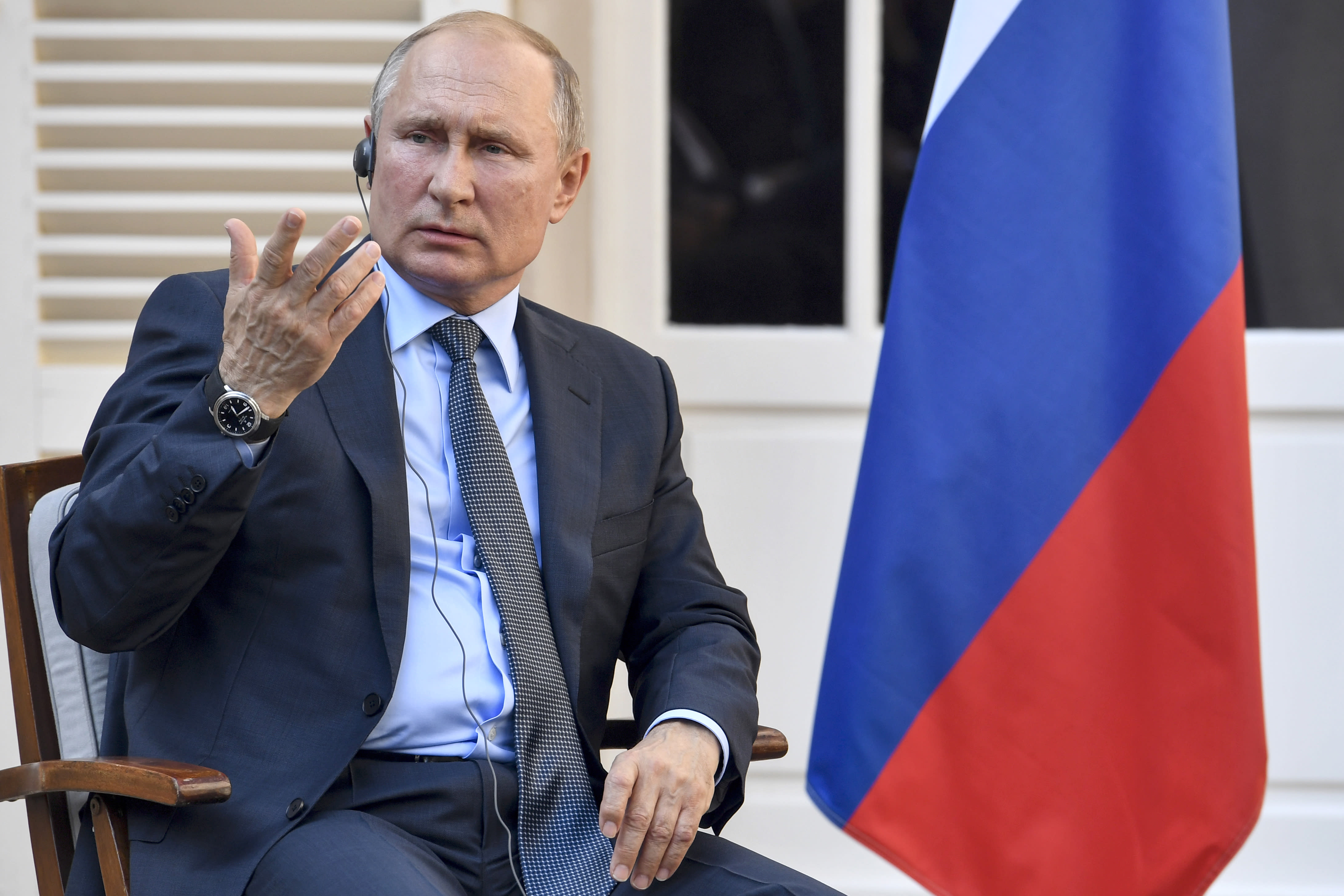 Macron Tells Putin Ceasefire in Syria's Idlib Must be Respected
