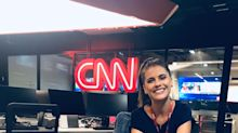 Ex-chiquitita Elisa Veeck se destaca como âncora na CNN e relembra conselho de Boni
