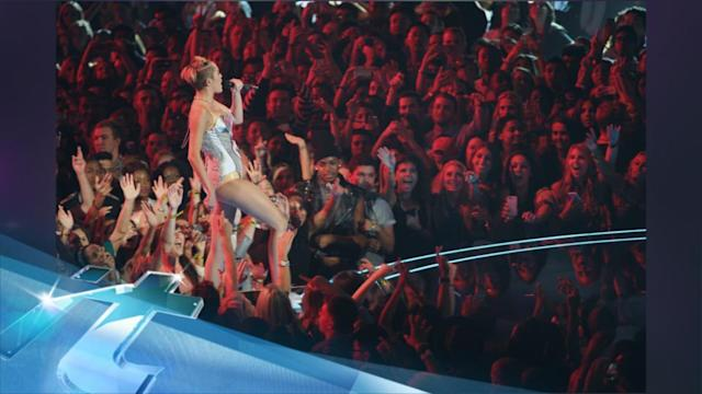 Miley Cyrus' VMA Performance Gets More Tweets Than The Super Bowl